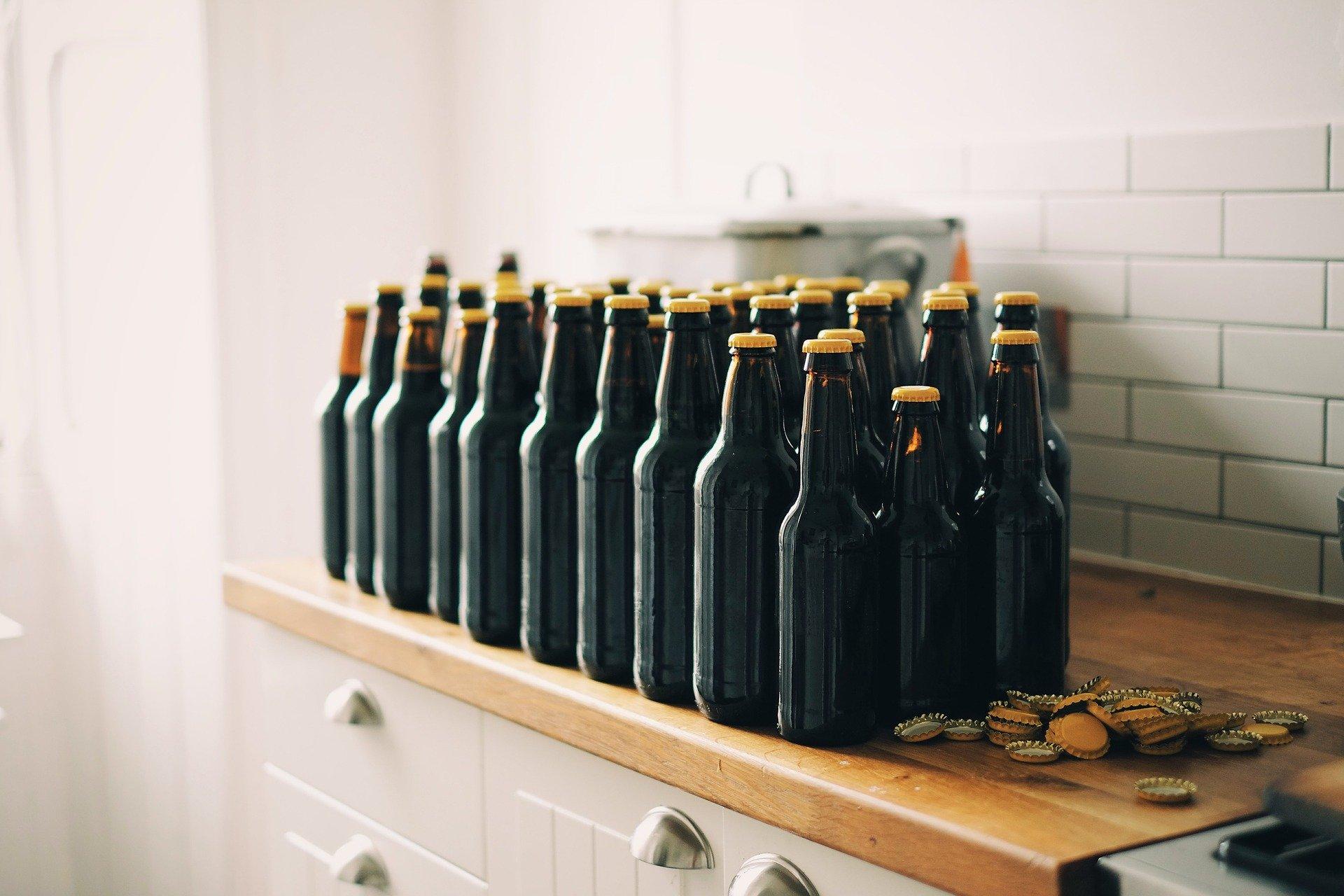 bottle-caps-1866945_1920
